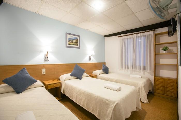 Réserver chambre triple près du port et dans la vieille ville de Saint-Sébastien