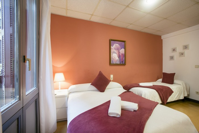 Chambres doubles avec lit simple dans la vieille ville de Saint-Sébastien